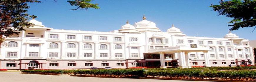 Sri-Devraj-Urs-Medical-College-Kolar (1)